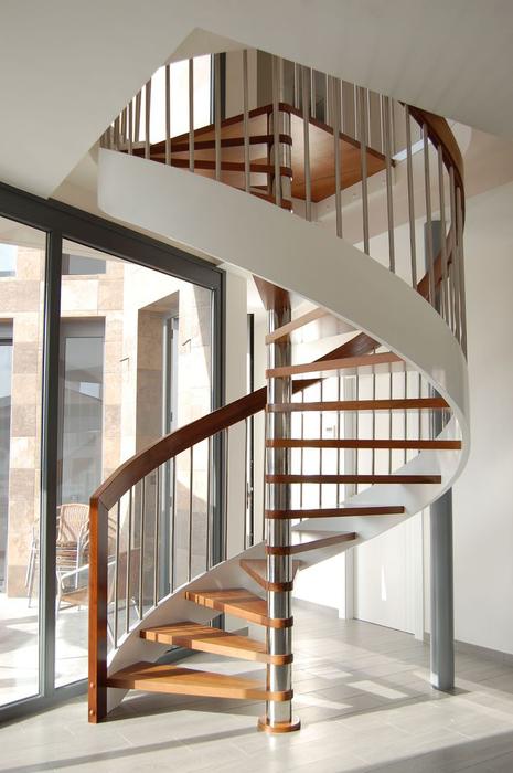Fabricaci n de escaleras de caracol a medida for Escaleras de caracol