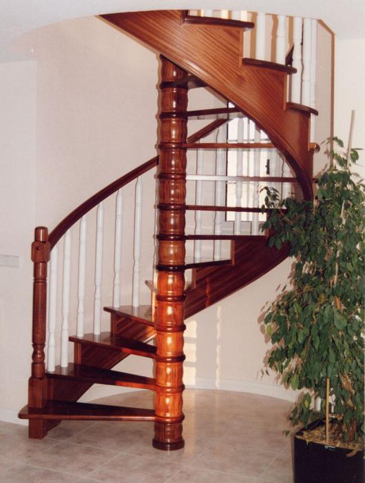 Escaleras de caracol de madera escalera de caracol con - Estructura caracol ...