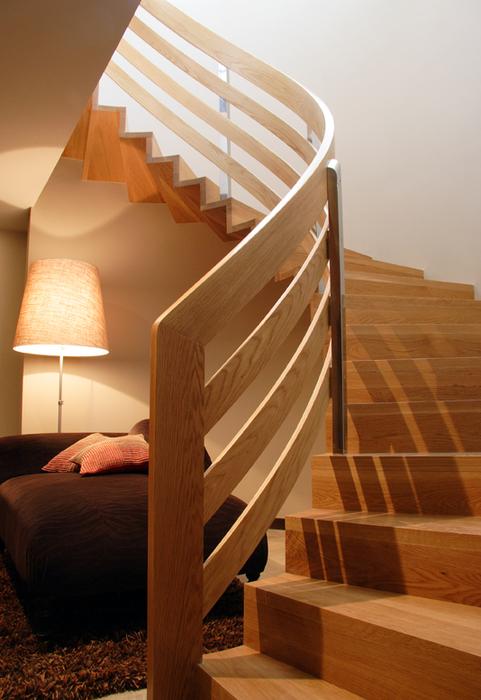 Escaleras para interiores escaleras para interiores for Modelos de escaleras de madera