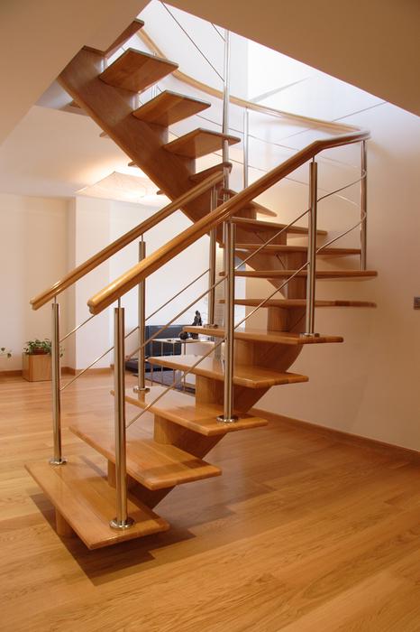 Scala bianca escaleras de eje central rectas y curvadas - Modelos de escaleras de madera ...