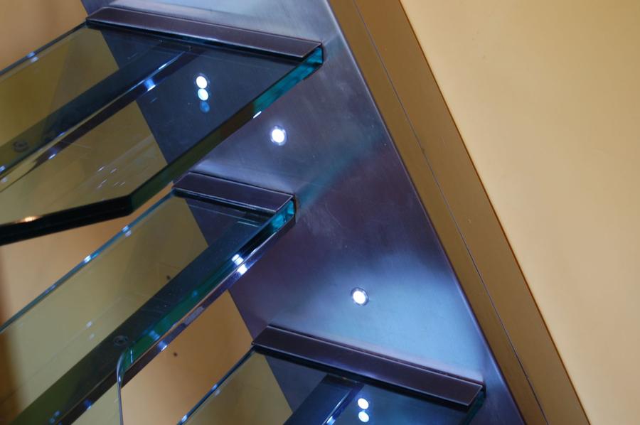 Escalera tipo barco combinadas con cristal scala bianca for Escaleras tipo barco
