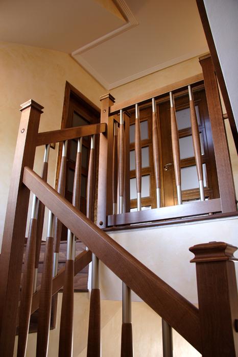 Scala bianca trabajos realizados de barandas en maderas nobles macizas - Barandillas de madera para interior ...