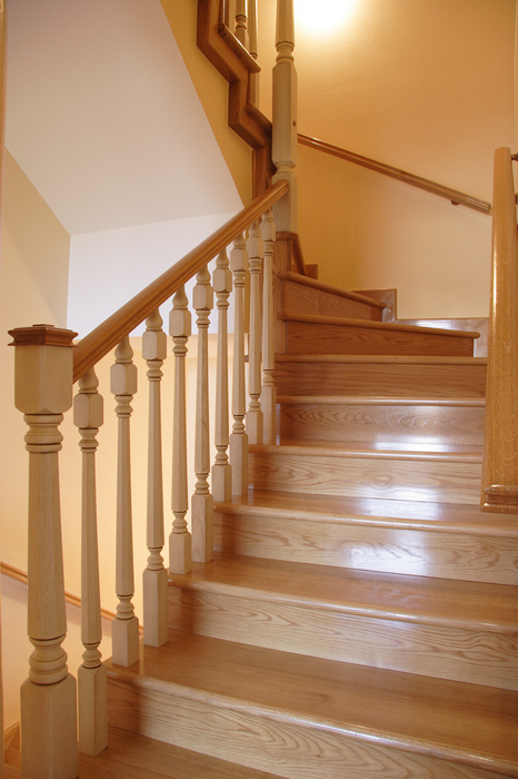 Barandillas de madera para escaleras finest pasamanos - Baranda de madera ...