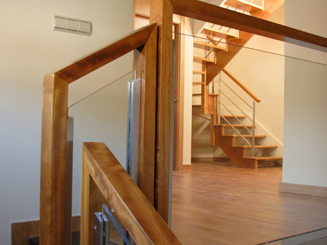 Scala bianca barandas de cristal - Barandas de escaleras de madera ...
